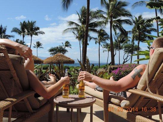 The Westin Kaanapali Ocean Resort Villas : Lounging on the lanai