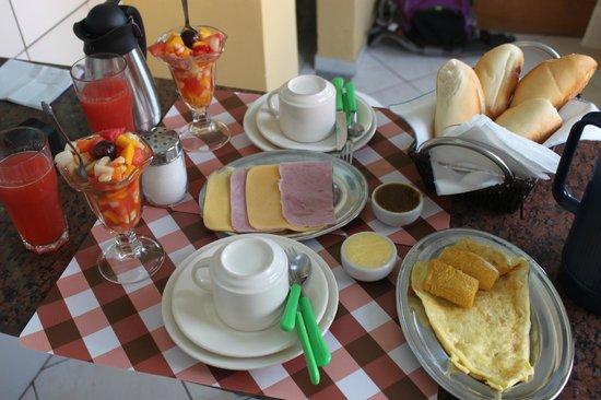 Tamboleiro Hospedagem: wonderful café do manhana !
