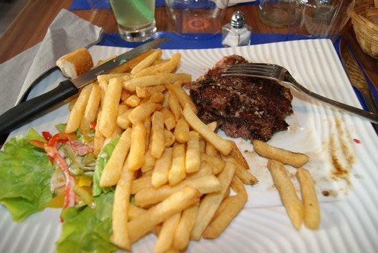Restaurant Les Voiliers: steak frites