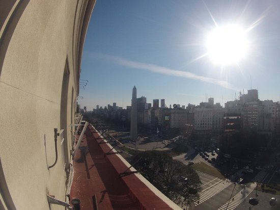 Bristol Hotel Buenos Aires: Vista para Buenos Aires