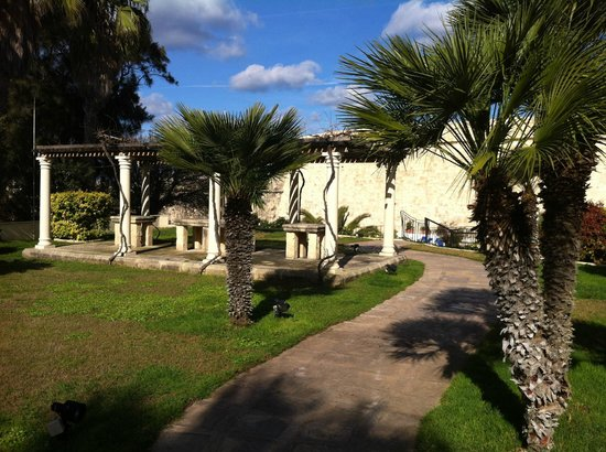 The Phoenicia Malta: The Garden