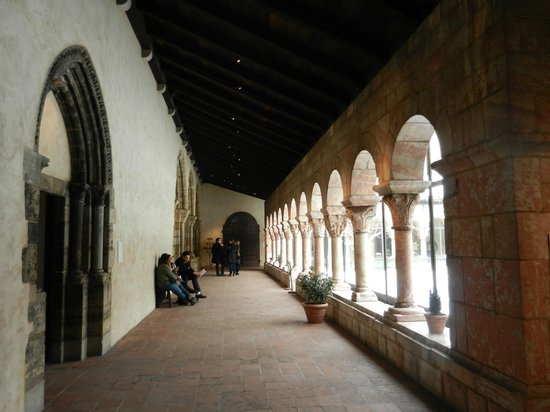 The Met Cloisters: The Walkway Around the Courtyard