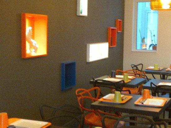 Ibis Styles Saumur Gare Centre : déco superve,design&contemporaine
