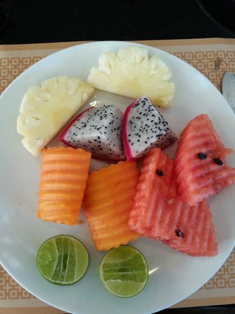 Centre Point Hotel Silom : ontbijt: fruit