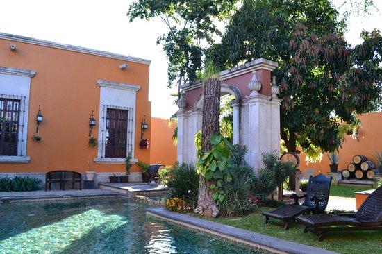 Los Abolengos Grand Class Casona Hotel en Tequila: Alberca