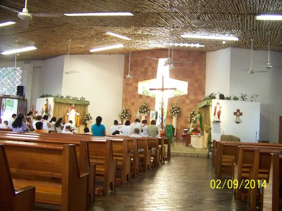 Iglesia de Cristo Rey: Holy Rosary - Blessed Exhibition 7 AM Sunday