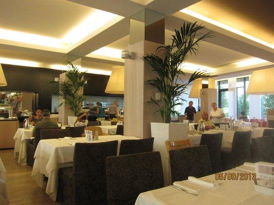 Hotel Therme Meran: Ресторан - завтрак
