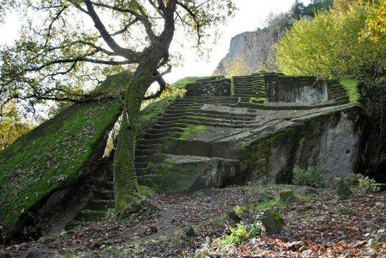 Piramide Etrusca Bomarzo o Sasso del Predicatore
