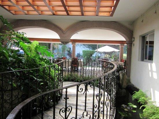 Pequeno Hotel Ejecutivo: Puentecito.