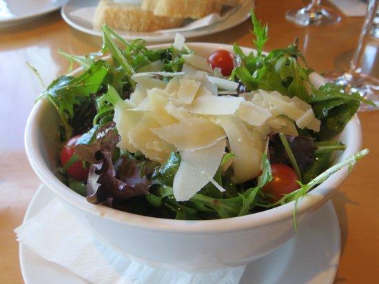 Villa Maria Auckland Winery : Salad