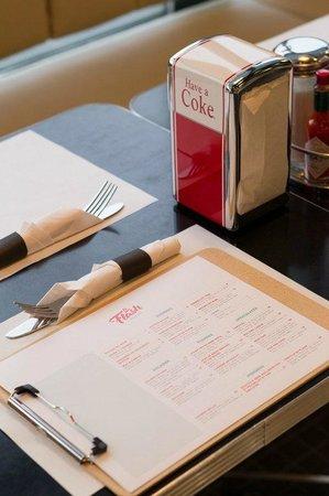 Le Flash Bistro: Menu: Déjeuner & bruch, lunch, souper