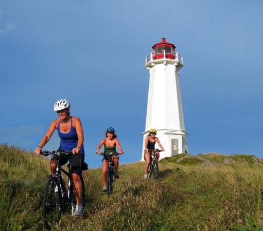 Freewheeling Adventures: Nova Scotian lighthouses make good side rides.