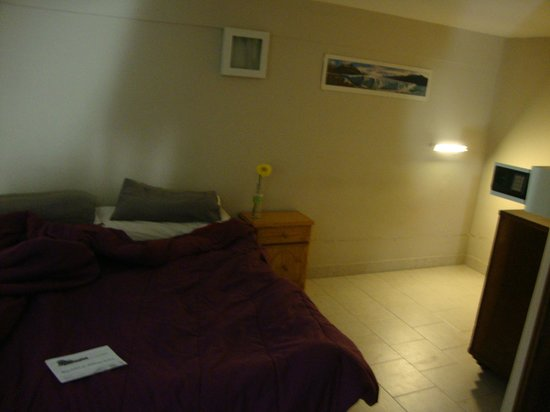 Milhouse Hostel Avenue : quarto