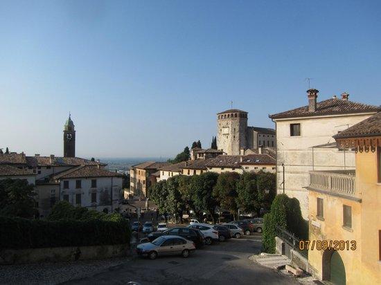 Albergo Al Sole: Вид накрепость