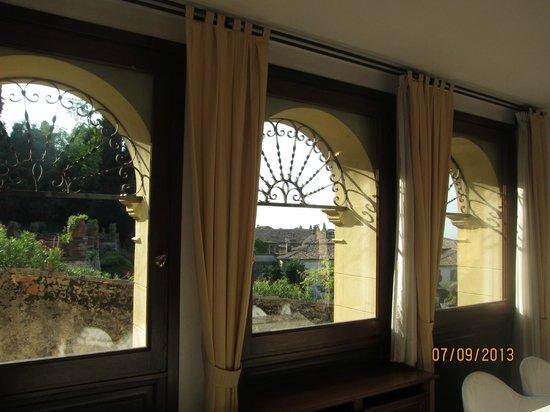 Albergo Al Sole: Окна ресторана