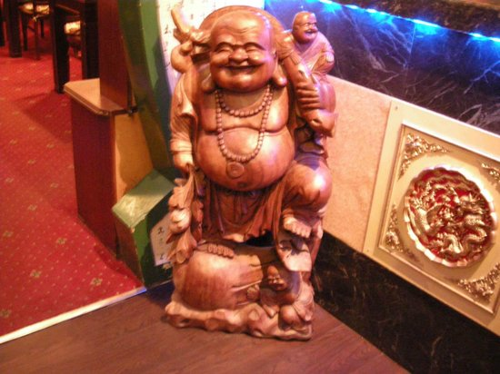 The Oriental Touch: Guardian of the bar!