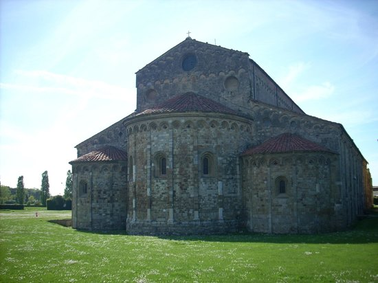 Basilica romanica di San Piero a Grado : 2