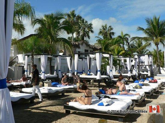 The Tropical at Lifestyle Holidays Vacation Resort: VIP Beach