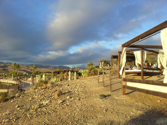 Sheraton Gran Canaria Salobre Golf Resort: More Sun Loungers