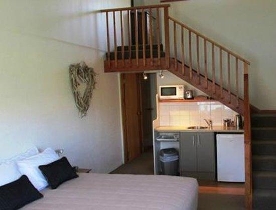 Lakeview Motel: Stars to the Mezzanine Bedroom