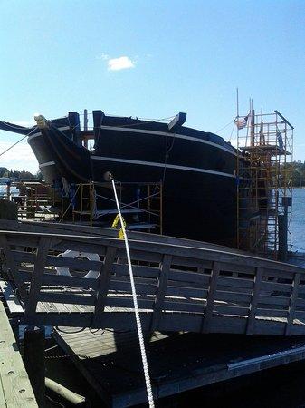 Mystic Seaport: Charles Morgan