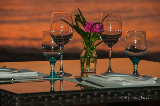 Grand Cayman Marriott Beach Resort : Dinner catered to you on the beach