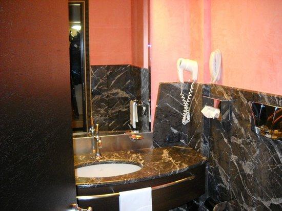 UNA Hotel Malpensa: bagno bellissimo :)