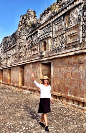 Temples d'Uxmal : The Nunnery photo by Terry Hunefeld