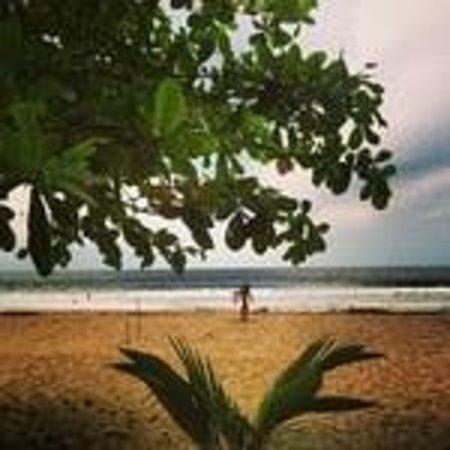 Caribe Town : Surf beach a quick bike ride away