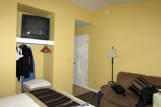 Sea Breeze Inn & Cottages: Room