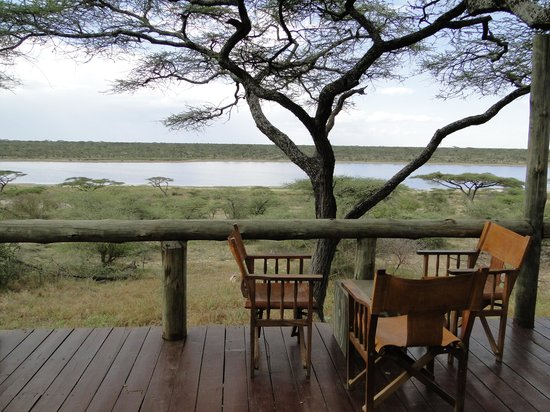 Masek Tented Camp : Relaxing on the patio enjoying the sights