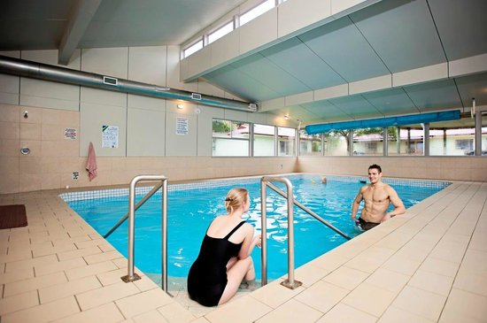 Leisure Ville Holiday Centre: Indoor Heated Pool