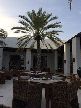The Chedi Muscat – a GHM hotel: Patio restaurant