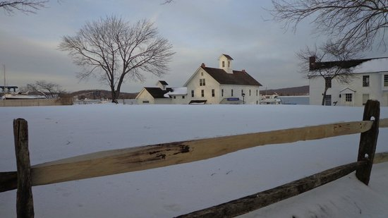Connecticut River Museum: CT River Museum in February