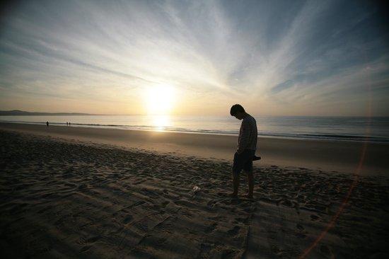 Ananda Resort: front beach