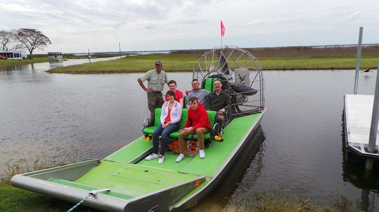 Wild Willy's Airboat Tours : with Captain Willy