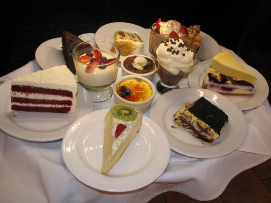 Piazza Sorrento : Dessert Tray - Decisions, Decisions!