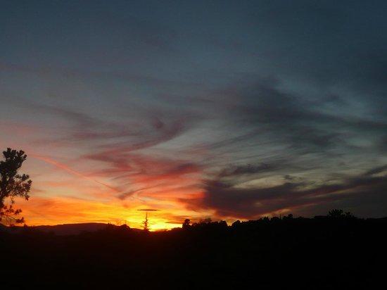 Alma de Sedona Inn Bed & Breakfast: sunset