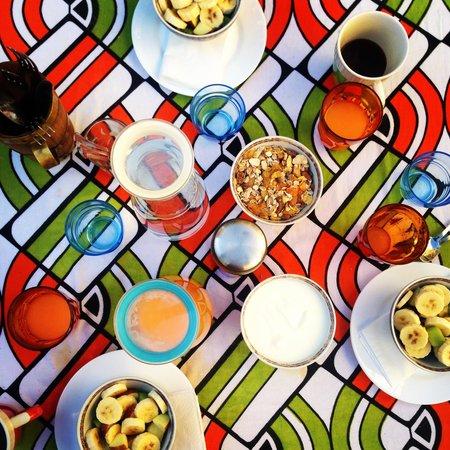 Riad Idrissy : Breakfast part 1