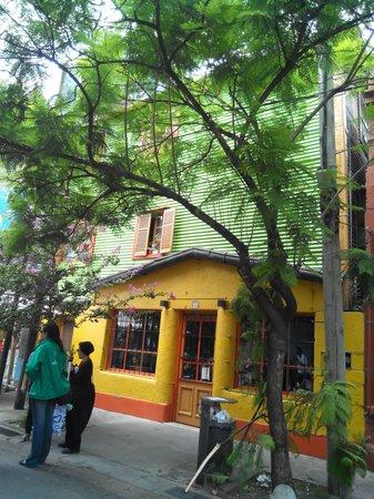 Barrio caminito foto di calle museo caminito buenos for Calle colorate non fioriscono