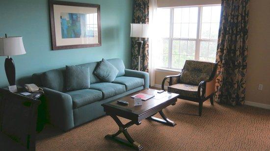 Hilton Grand Vacations at SeaWorld: Living Room