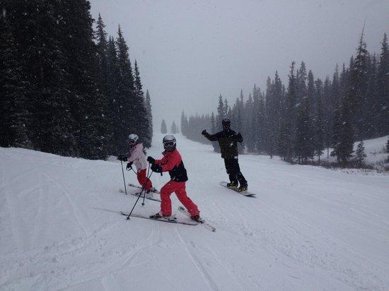 Copper Mountain Ski Area: enjoying the powder