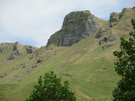 Bay Tours and Charters : Craggy Peaks