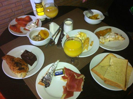 Hotel Entre Pinos: colazione