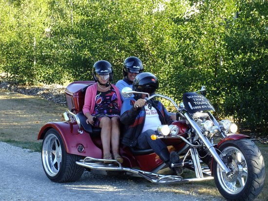 Wanaka Trike Tours: A ride into town for dinner