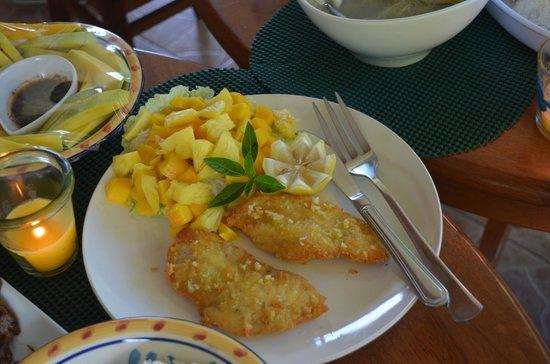Hale Manna: food