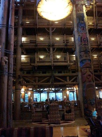 Villas at Disney's Wilderness Lodge: Wilderness Lodge Lobby