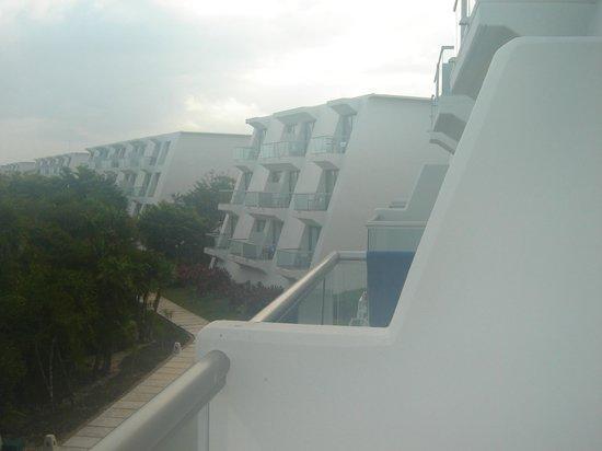 Grand Sirenis Mayan Beach Resort & Spa: view from the room balcony
