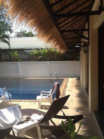 Baan Suay Resort Karon Beach: бассейн