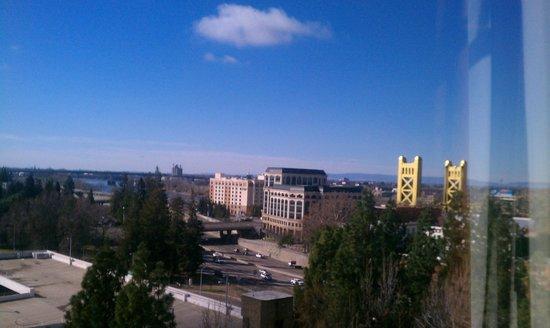 Holiday Inn Sacramento-Capitol Plaza: 12th floor room view!